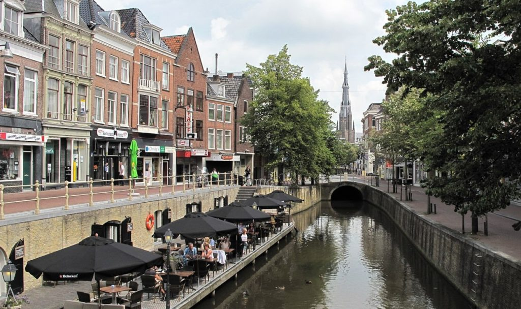 1280px Leeuwarden Netherlands panoramio 23 kopie